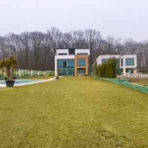 Casa care o vrei exista pe malul Lacului Snagov