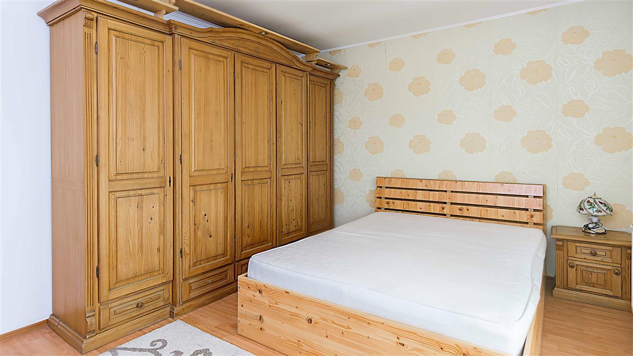 3 camere Fundeni - mobilat - bloc 2010