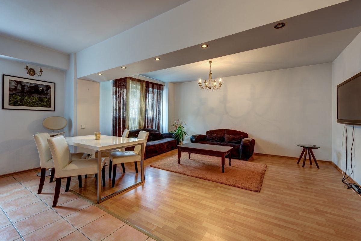 Apartament de inchiriat, 3 camere, Panduri