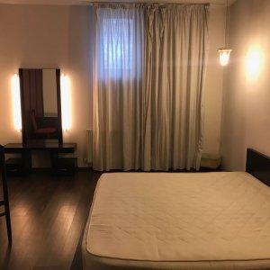 Apartament 5 camere si o camera secreta, demisol, Piata Romana