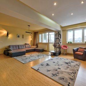 Apartament 3 camere complet mobilat - Plaza Romania