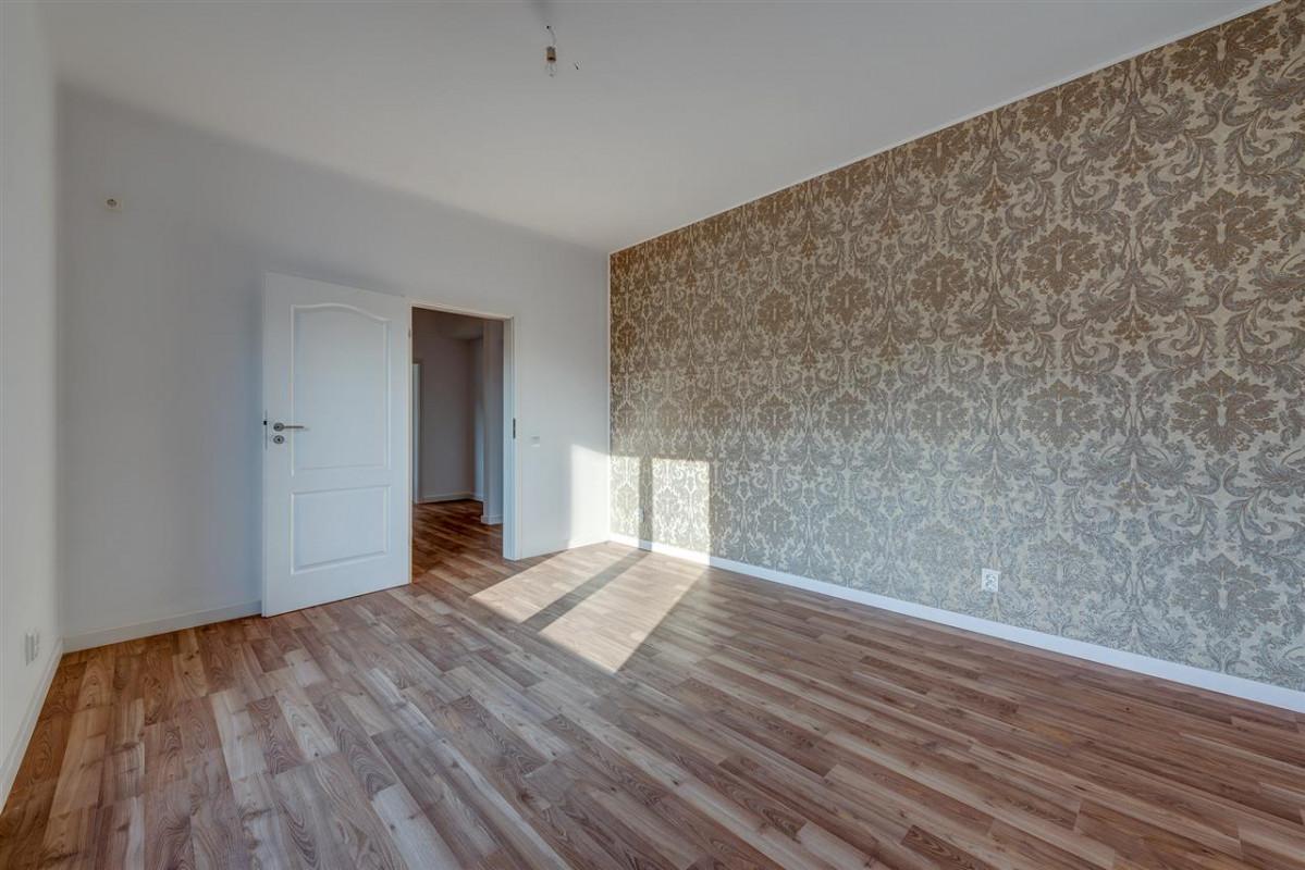 Apartament cu gradina, Comision 0 %, Prelungirea Ghencea- Alunului, Latin