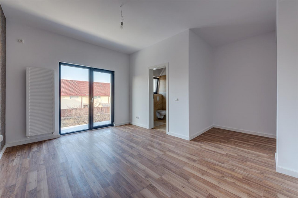 Comision 0 %, Ghencea, str. Alunului, Apartament in vila cu gradina