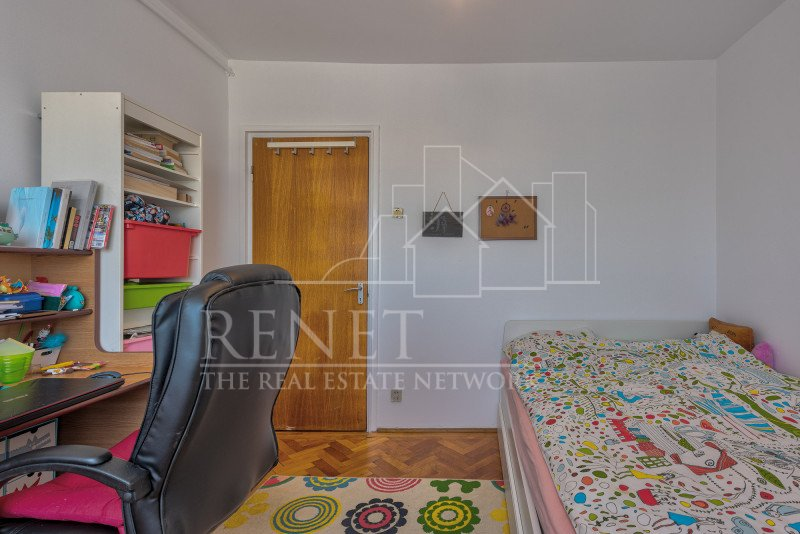 Apartment 3 camere langa parc si metrou, loc de parcare, 0% comision!