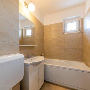 Apartament 2 camere renovat - bloc reabilitat  zona Plaza Romania