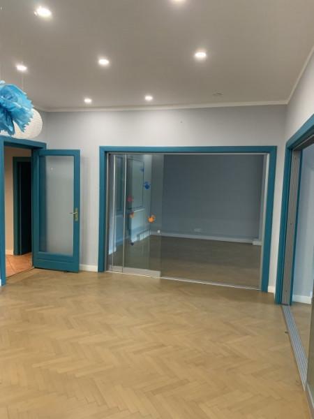 Apartament 4 camere pretabil birouri -Vasile Lascar